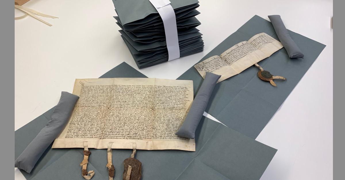 Urkunden-LASpeyer-restauriert