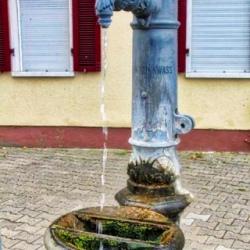 image de Gemeindebrunnen